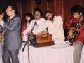 Mahendra Kapoor with Nitu & Mahesh